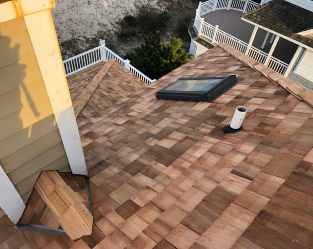 Cedar Shake/Shingle Roofs