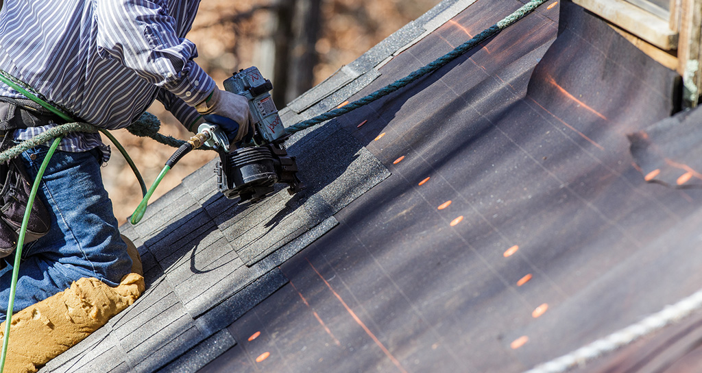 Asphalt shingle winter roof replacement
