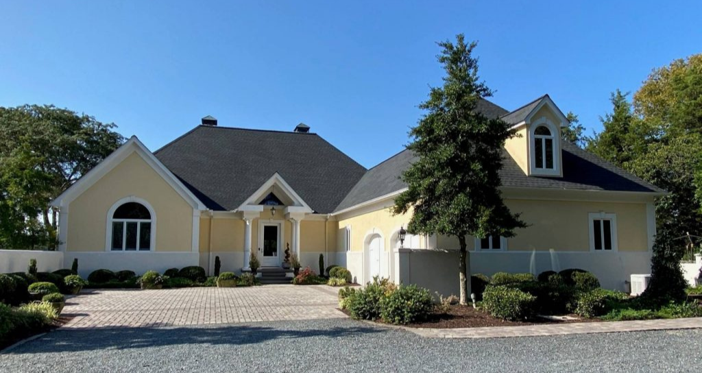 House with the best shingle warranty