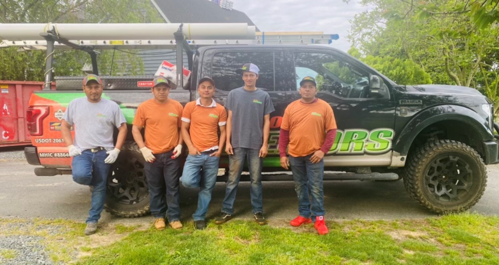 Talented roofing team in Easton MD